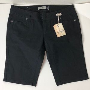 Anchor Blue Women's Black Jeans Shorts Size:3 NWT